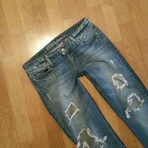 Guess distressed Skinny Jeans!
